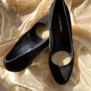 Via Spiga Farley Wedge Pump in Black Suede